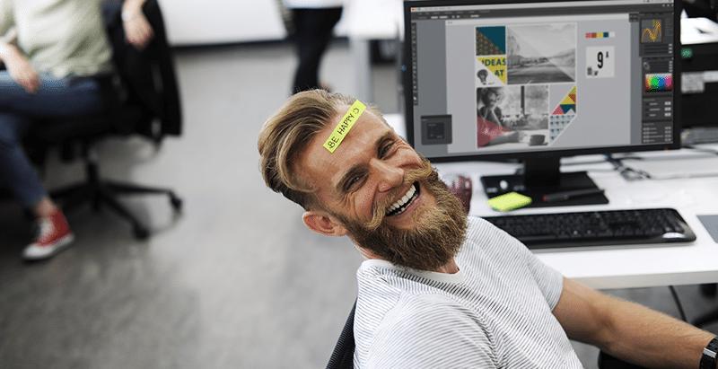 Mitarbeitermotivation - Glücklicher Angestellter